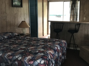 Cabin w/ 1 Bed (Cabin #3) Picture 3